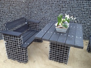 schanskorven-tuinbank-tuintafel-gerecycled kunststof